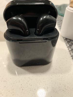 Brand New Headphones (Wireless) for Sale in Tampa, FL