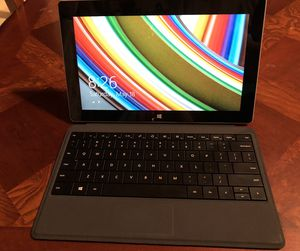 Microsoft Surface RT tablet w/keyboard for Sale in Portland, OR