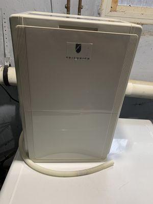 Friedrich D25BNP 25 Pint Portable Dehumidifier for Sale in Ridgefield Park, NJ