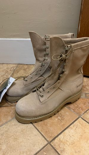 New Gortex work boots size 9.5 for Sale in Tacoma, WA
