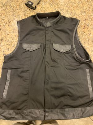 Motorcycle vest for Sale in Goodyear, AZ