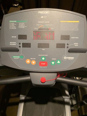 Treadmill PRECOR 927 high quality company for Sale in Chicago, IL
