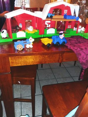 Fisher-Price Little People's Farm set for Sale in Fontana, CA