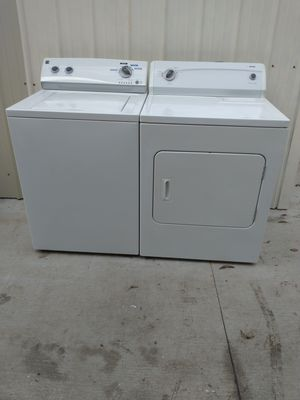 KENMORE. WASHER. AND. DRYER. . IN EXCELLENT. CONDITION. FREE. DELIVERY IN FORT WORTH. 1ST. AND. 2ND. FLOOR-----lavadora. Y secadora. for Sale in Fort Worth, TX