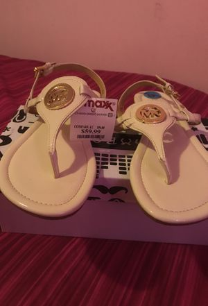 Michael kors sandals for Sale in Bronx, NY
