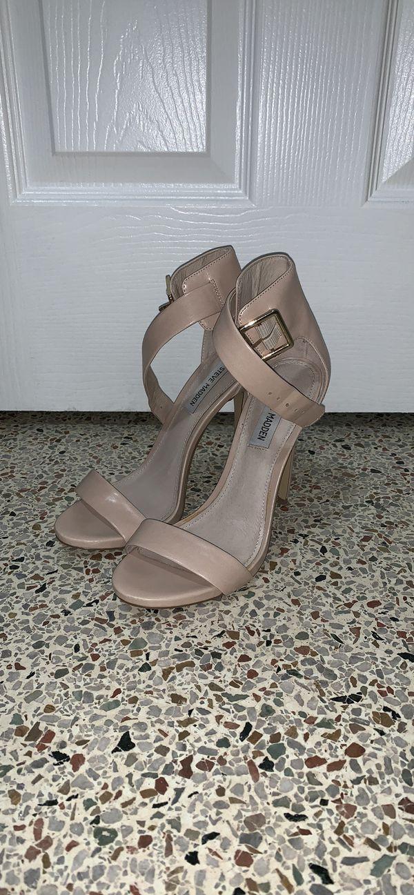 Steve Madden Nude Ankle Strap Heels/ Size 8.5