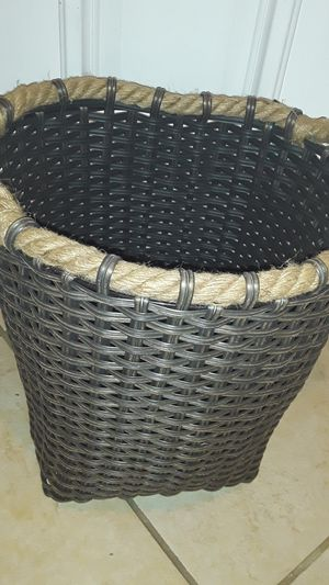 Brand new gorgeous basket great for Farmhouse decor for Sale in Oviedo, FL