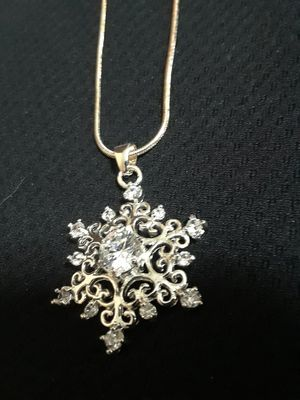 Snowflake necklace for Sale in Park City, IL