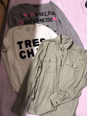 HUGE BAG OF MEDIUM SIZE CLOTHES for Sale in Everett, WA