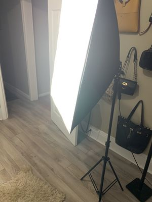 Studio light for Sale in Independence, OH