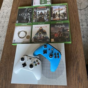 XBox One S Console 2 Controllers 7 Games for Sale in Long Beach, CA
