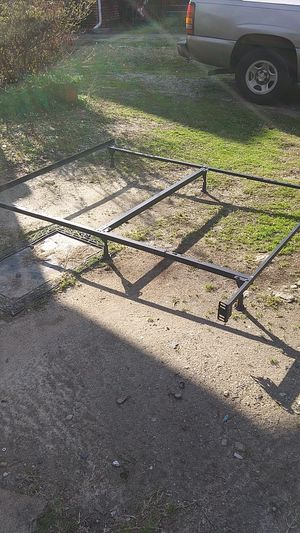 King size metal bed frame. Excellent condition! for Sale in High Point, NC
