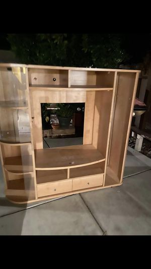 Free PICK UP ONLY ITS LIGHT HAVY for Sale in Modesto, CA