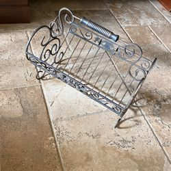 Magazine Rack (Bronze With Brushed Gold Hues) for Sale in Newport Beach, CA