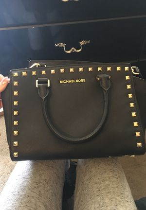Michael Kors Black Bag With Gold Studs for Sale in Mount Oliver, PA