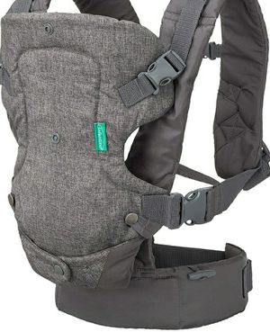 Infantino Flip 4-in-1 Convertible Carrier, Grey for Sale in Norwich, NY