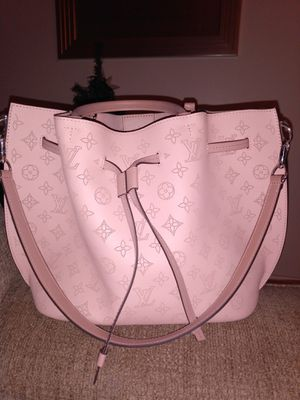 Pink Louis Vuitton handbag for Sale in Grand Terrace, CA