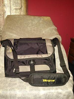 TARGUS NOTEBOOK COMPUTER BAG OR LARGE TABLET BAG for Sale in Detroit, MI