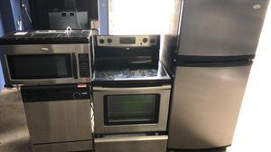 Four piece stainless steel kitchen appliance set for Sale in Winter Park, FL