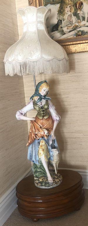 Antique Italian statue lamp for Sale in Irvine, CA
