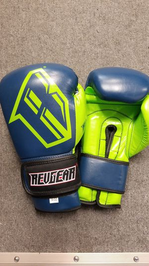 Revgear boxing gloves for Sale in Los Angeles, CA