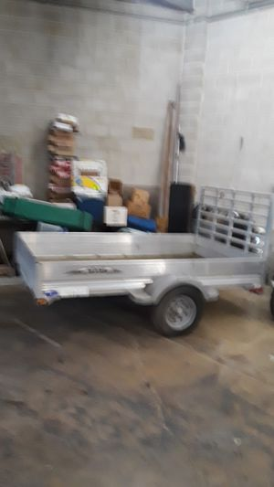 5x8 all aluminum trailer beautiful condition for Sale in Lombard, IL