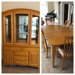 Dining Room Set with China Hutch for Sale in Maple Valley, WA