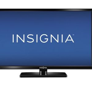 Insignia 32 TV (not SmartTV) for Sale in Los Angeles, CA
