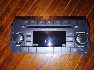 JEEP CHRYSLER DODGE OEM Factory Stereo P68252825AC for Sale in Woodstock, IL