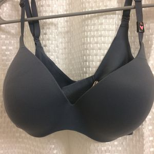 Victorias Secret New Bra gray color for Sale in Bothell, WA