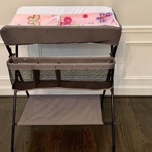 Baby Portable Changing Table for Sale in Smyrna, GA