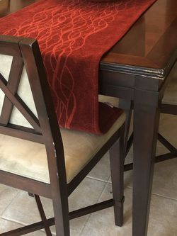 Comedor Extensible & Sofa Usado for Sale in St. Cloud,  FL