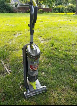 Vacuum hoover good works for Sale in UNIVERSITY PA, MD