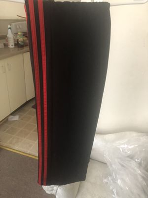 Adidas women's pants size small for Sale in St. Louis, MO