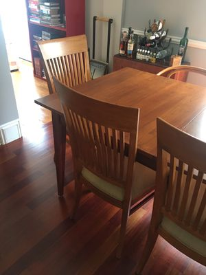 Pottery Barn Dining Table with 8 Chairs for Sale in Melrose, MA