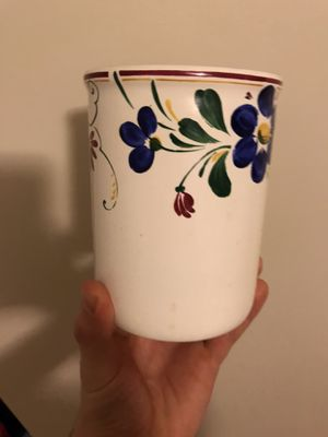 Small flower vase for Sale in Lexington, KY