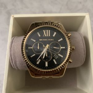 Michael Kors Gold Watch NEW for Sale in Baldwin Park, CA