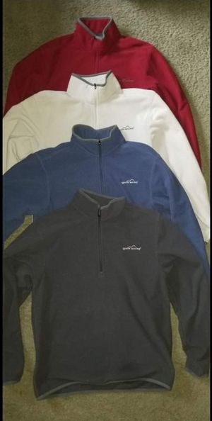 {4} Men's Size Small Eddie Bauer PULLOVERS All 4 for $10.00 for Sale in Taylor, MI