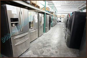 SAMSUNG Flex Drawer Control 4Door Refrigerator for Sale in Ontario, CA