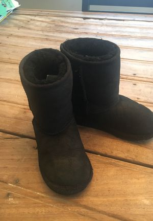 Ugg boots kids size 11 for Sale in Pasadena, CA