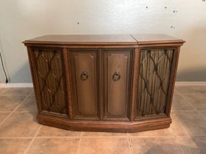 """42""""x19""""x27"""" Zenith Console Stereo 1960's solid wood. A working project that we were going to tackle and have decided to forgo. Has needle and plays for Sale in Chandler, AZ"""