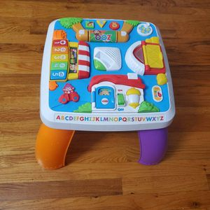 Fisher-Price Learning table for Sale in Staten Island, NY