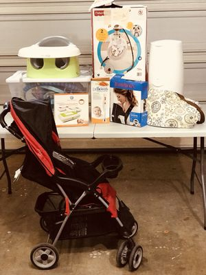 I'm Having a Baby! Kit Set. Wipe warmer, Stroller, swing chair, Playmat, booster seat, Baby Carrier, Diaper Pale, Food Processor, Diaper Bag for Sale in Lynnwood, WA