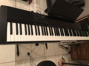 Electric Piano Casio 300 for Sale in Annandale, VA