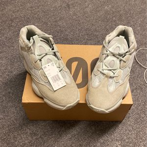 Yeezy 500 Salt VNDS for Sale in Fort Lupton, CO