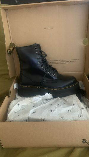 New Dr.martens boots for Sale in Canoga Park, CA