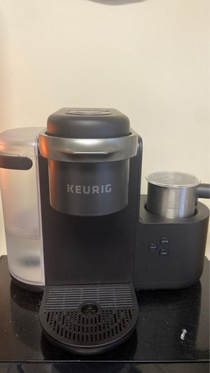 Keurig with Milk Frother for Sale in Lynchburg, VA