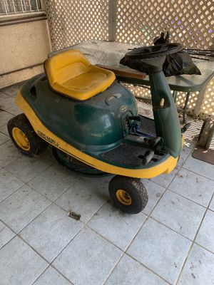 Yard machine Riding lawn mower for Sale in Norwalk, CA
