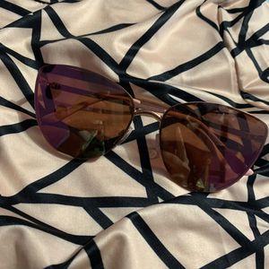 Pink sunglasses for Sale in Orlando, FL