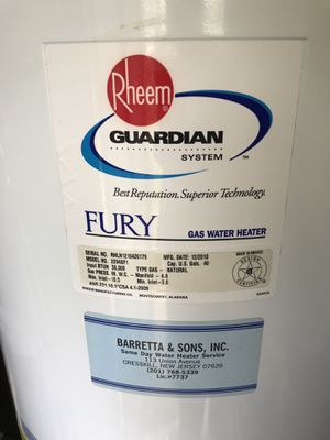 Gas water heater for Sale in Hasbrouck Heights, NJ